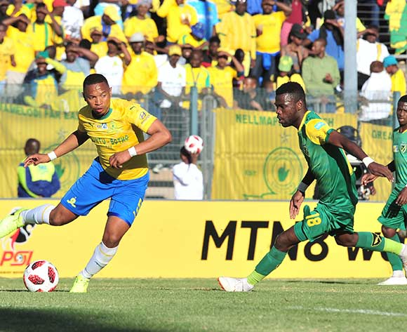Andile Jali of Mamelodi Sundowns challenged by Knox Mutizwa of Golden Arrows during the 2018 MTN8 quarter finals match between Mamelodi Sundowns and Golden Arrows at Lucas Moripe Stadium, Pretoria on 11August 2018 ©Samuel Shivambu/BackpagePix