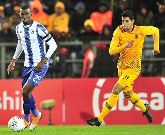 Siyanda Xulu of Maritzburg United challenged by Leonardo Castro of Kaizer Chiefs during the Absa Premiership 2018/19 match between Maritzburg United and Kaizer Chiefs at Harry Gwala Stadium, Pietermaritzburg on 17 August 2018 ©Samuel Shivambu/BackpagePix