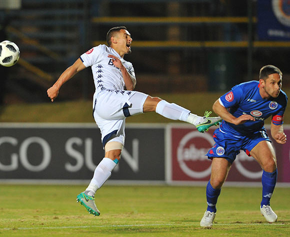 Dean Furman of Supersport United challenges Cole Alexander of Bidvest Wits during the Absa Premiership match between Bidvest Wits and Supersport United on the 18 August 2018 at Bidvest Stadium / Pic Sydney Mahlangu/BackpagePix