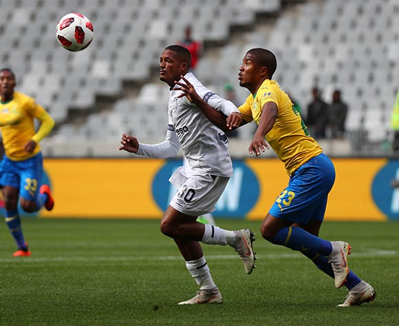 Craig Martin of Cape Town City FC battles for the ball with Lyle Lakay of Mamelodi Sundowns during the 2018 MTN 8 Semifinal first leg football match between Cape Town City FC and Mamelodi Sundowns at Cape Town Stadium, Cape Town on 25 August 2018 ©Chris Ricco/BackpagePix