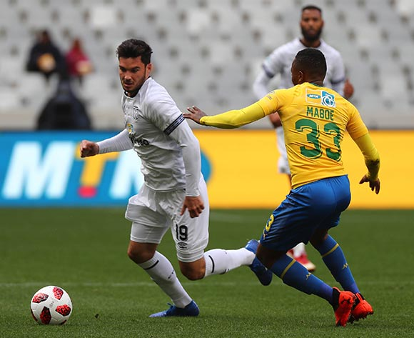 Roland Putsche of Cape Town City FC evades challenge from Lebohang Maboe of Mamelodi Sundowns during the 2018 MTN 8 Semifinal first leg football match between Cape Town City FC and Mamelodi Sundowns at Cape Town Stadium, Cape Town on 25 August 2018 ©Chris Ricco/BackpagePix