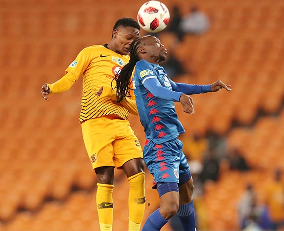 Reneilwe Letsholonyane of Supersport United challenged by Wiseman Meyiwa of Kaizer Chiefs during the 2018 Currie Cup2018 MTN8 Semi Final 2nd Leg match between Kaizer Chiefs and Supersport United at the FNB Stadium, Johannesburg on 01 September 2018 ©Muzi Ntombela/BackpagePix