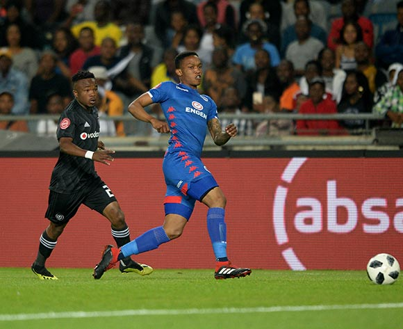 Grant Kekana of Supersport United challenged by Paseka Mako of Orlando Pirates during the Absa Premiership 2018/19 match between Orlando Pirates and Supersport United at Orlando Stadium, Johannesburg on 15 September 2018 ©Samuel Shivambu/BackpagePix