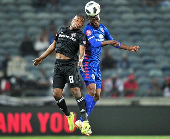 Reneilwe Letsholonyane of Supersport United challenged by Thabo Matlaba of Orlando Pirates during the Absa Premiership 2018/19 match between Orlando Pirates and Supersport United at Orlando Stadium, Johannesburg on 15 September 2018 ©Samuel Shivambu/BackpagePix