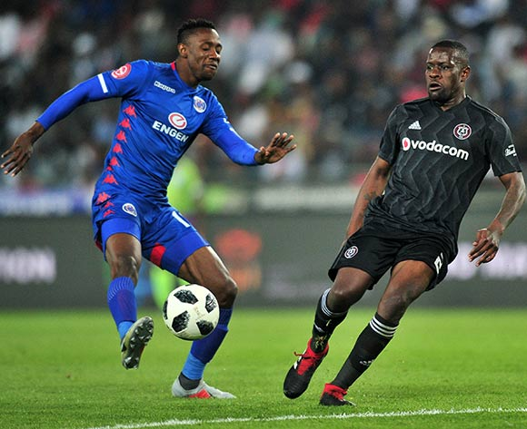 Evans Rusike of Supersport United challenged by Ntsikelelo Nyauza of Orlando Pirates during the Absa Premiership 2018/19 match between Orlando Pirates and Supersport United at Orlando Stadium, Johannesburg on 15 September 2018 ©Samuel Shivambu/BackpagePix