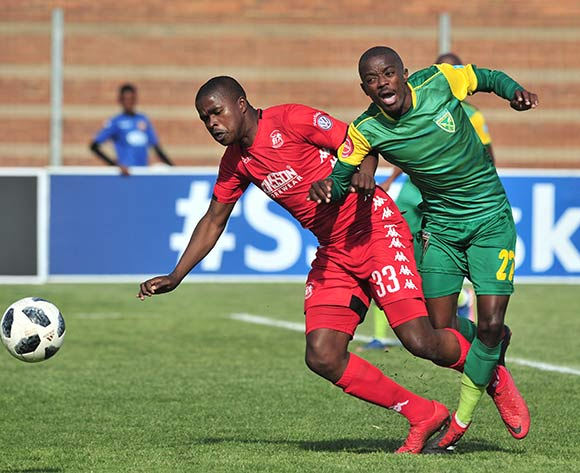 Siphelele Magubane of Golden Arrows challenged by Siyabonga Sibande of Highlands Park during the Absa Premiership 2018/19 match between Highlands Park and Golden Arrows at Makhulong Stadium, Johannesburg on 16 September 2018 ©Samuel Shivambu/BackpagePix