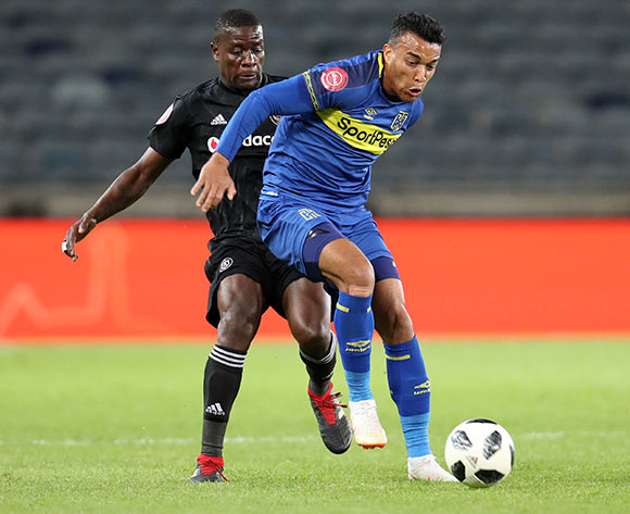 Matthew Rusike of Cape Town City challenged by Ntsikelelo Nyauza of Orlando Pirates during the Absa Premiership 2018/19 match between Orlando Pirates and Cape Town City at the Orlando Stadium, Soweto on 19 September 2018 ©Muzi Ntombela/BackpagePix