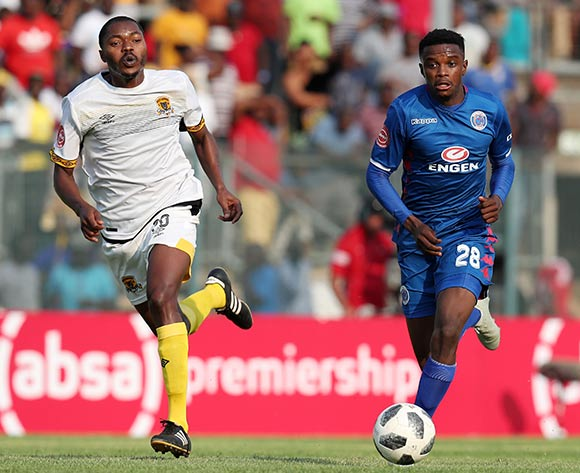 Teboho Mokoena of Supersport United challenged by Eden Nene of Black Leopards during the Absa Premiership 2018/19 match between Supersport United and Black Leopards at the Lucas Moripe Stadium, Atteridgeville on 23 September 2018 ©Muzi Ntombela/BackpagePix