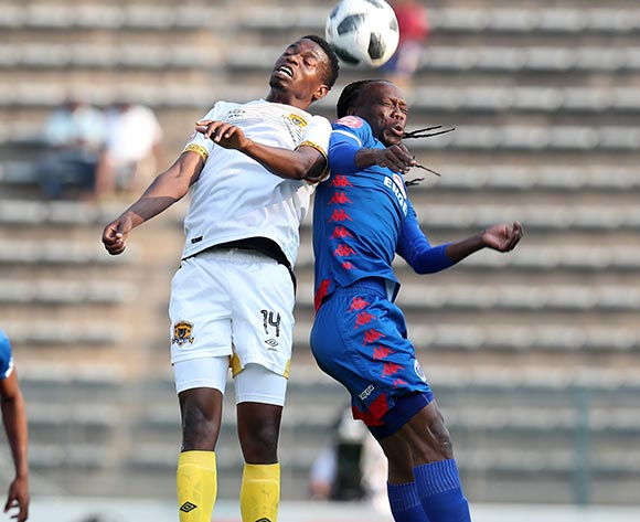 Reneilwe Letsholonyane of Supersport United challenged by Phathutshedzo Nange of Black Leopards during the Absa Premiership 2018/19 match between Supersport United and Black Leopards at the Lucas Moripe Stadium, Atteridgeville on 23 September 2018 ©Muzi Ntombela/BackpagePix