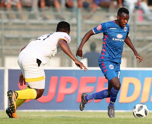 Ghampani Lungu of Supersport United challenged by Nyiko Sibanda of Black Leopards during the Absa Premiership 2018/19 match between Supersport United and Black Leopards at the Lucas Moripe Stadium, Atteridgeville on 23 September 2018 ©Muzi Ntombela/BackpagePix