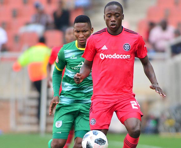 Ben Motshwari of Orlando Pirates and Matome Kgoetyane of Baroka FC during the Absa Premiership 2018/19 game between Baroka FC and Orlando Pirates at Peter Mokaba Stadium in Polokwane the on 22 September 2018 © Kabelo Leputu/BackpagePix