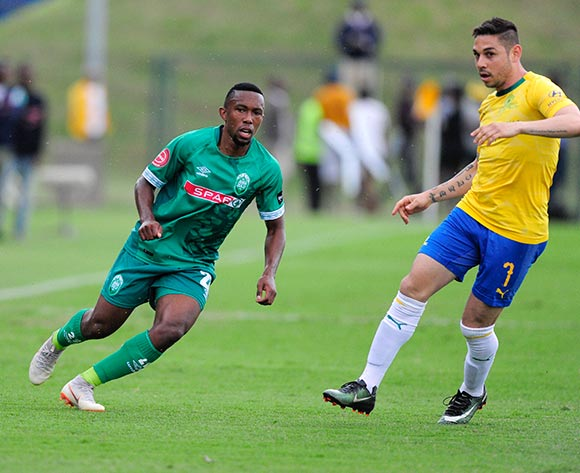 Augustine Ramphela of AmaZulu FC keeps the ball away from Jose Ali Meza of Mamelodi Sundowns FC during the Absa Premiership 2018/19 game between AmaZulu and Mamelodi Sundowns at King  Zwelentini Stadium on 15 September 2018 © Gerhard Duraan/BackpagePix