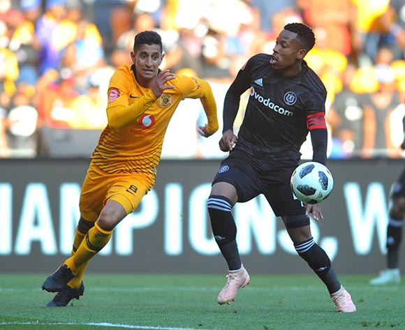 Happy Jele of Orlando Pirates is challenged by Leonardo Castro of Kaizer Chiefs  during the Absa Premiership match between Orlando Pirates and Kaizer Chiefs on the 27 October 2018 at FNB Stadium, Soweto  / Pic Sydney Mahlangu/BackpagePix