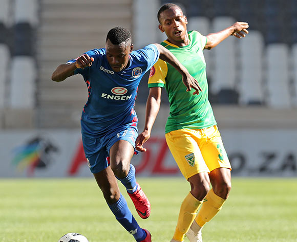Ghampani Lungu of Supersport United challenged by Siphamandla Sabelo of Golden Arrows during the Absa Premiership 2018/19 match between Supersport United and Golden Arrows at the Mbombela Stadium, Nelspruita on 28 October 2018 ©Muzi Ntombela/BackpagePix