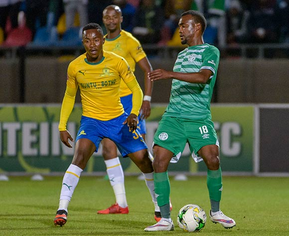 Given Mashikinya of Bloemfontein Celtic and Lebohang Maboe of Mamelodi Sundowns during the Absa Premiership 2018/19 game between Bloemfontein Celtic and Mamelodi Sundowns at Dr Molemela Stadium in Bloemfontein on 03 October 2018 © Frikkie Kapp/BackpagePix