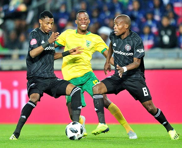 Divine Lunga of Golden Arrows challenged Vincent Pule and Thabo Matlaba of Orlando Pirates during the Absa Premiership 2018/19 match between Orlando Pirates and Golden Arrows at Orlando Stadium, Johannesburg on 03 October 2018 ©Samuel Shivambu/BackpagePix