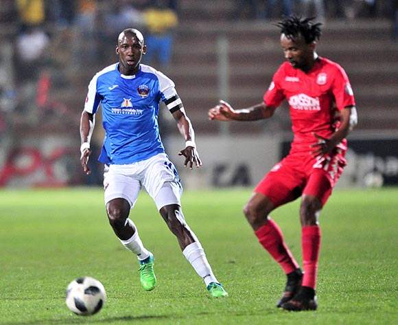 Mark Mayambela of Chippa United challenged by Luckyboy Mokoena of Highlands Park during the Absa Premiership 2018/19 match between Highlands Park and Chippa United at Makhulong Stadium, Johannesburg on 06 October 2018 ©Samuel Shivambu/BackpagePix