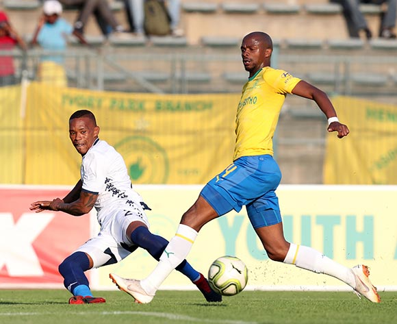 Vuyo Mere of Bidvest Wits challenged by Tebogo Langerman of Mamelodi Sundowns during the Absa Premiership 2018/19 match between Mamelodi Sundowns and Bidvest Wits at Lucas Moripe Stadium, Atteridgeville on 07 October 2018  ©Muzi Ntombela/BackpagePix