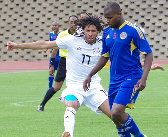 Egypt Mohamed Elneny challenges the ball from Eswatini Machawe Dlamini on October 16, 2018 during the TOTAL 2019 AFCON Qualifier at Mavuso Sports Centre, Manzini, Eswatini. Egypt won 2-0