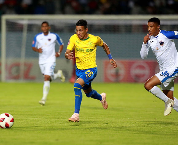 Gaston Sirino of Mamelodi Sundowns and Thabo Nthethe of Chippa United during the Absa Premiership 2018/19 match between Chippa United and Mamelodi Sundowns at Sisa Dukashe Stadium,Mdantsane,East London on 27 October 2018 ©/BackpagePix
