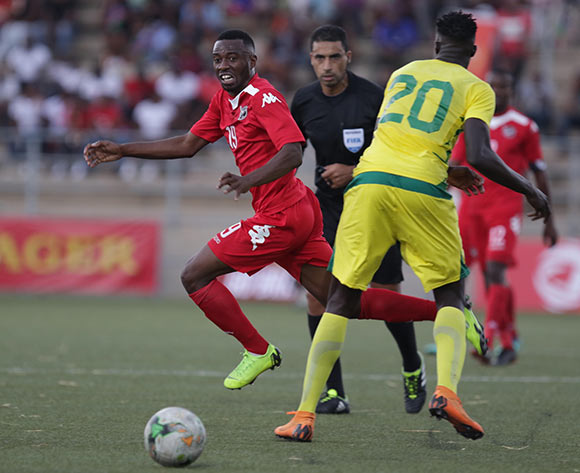 Namibia midfileder Petrus Shitembi on the attack during their Afcon qualifier against Guinea Bissau in Windhoek on Saturday. The match ended in a 0-0 draw. Photo: Helge Schutz