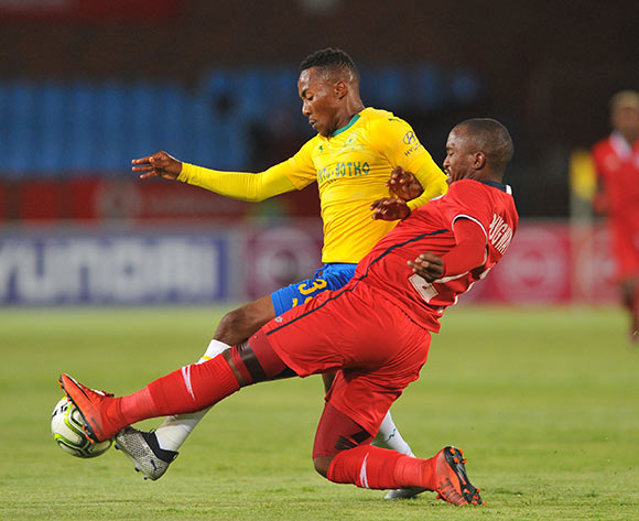 Lebogang Maboe of Mamelodi Sundowns is tackled by Patrick Phungwayo of Free State Stars celebrates goal with teammates during the Absa Premiership match between Mamelodi Sundowns and Free State Stars on the 07 November 2018 at Loftus Versfeld Stadium  / Pic Sydney Mahlangu/BackpagePix