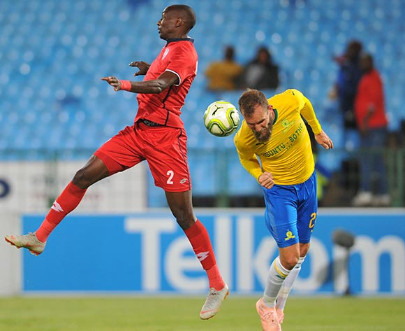 Jeremy Brockie of Mamelodi Sundowns is challenged by Nyiko Mobbie of Free State Stars during the Absa Premiership match between Mamelodi Sundowns and Free State Stars on the 07 November 2018 at Loftus Versfeld Stadium  / Pic Sydney Mahlangu/BackpagePix