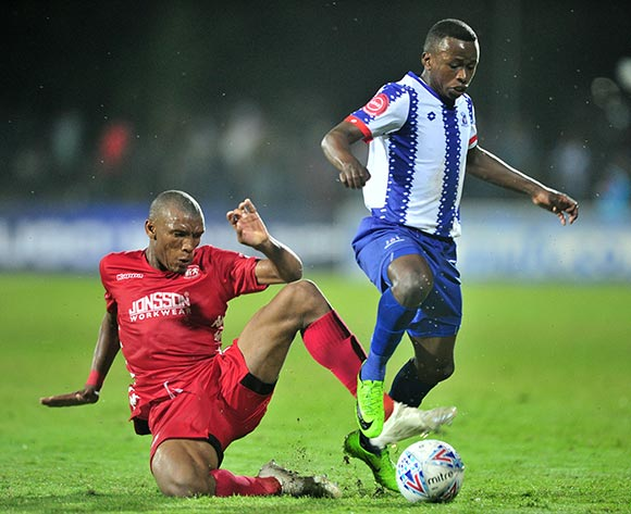 Siphesihle Ndlovu of Maritzburg United challenged by Mothobi Mvala of Highlands Park during the Absa Premiership 2018/19 match between Maritzburg United and Highlands Park at Harry Gwala Stadium, Pietermaritzburg on 09 November 2018 ©Samuel Shivambu/BackpagePix