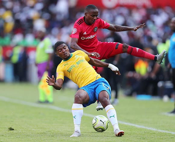Lyle Lakay of Mamelodi Sundowns challenged by Thembinkosi Lorch of Orlando Pirates during the Absa Premiership 2018/19 match between Mamelodi Sundowns and Orlando Pirates at the Loftus Versveld Stadium, Pretoria on 10 November 2018 ©Muzi Ntombela/BackpagePix