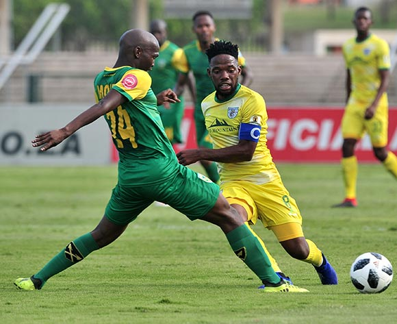 Mduduzi Mdantsane of Baroka challenged by Thabo Molefe of Golden Arrows during the Absa Premiership 2018/19 match between Golden Arrows and Baroka FC at Princess Magogo Stadium, Durban on 10 November 2018 ©Samuel Shivambu/BackpagePix