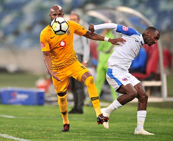 Ramahlwe Mphahlele of Kaizer Chiefs challenged by Thabo Rakhale of Chippa United during the Absa Premiership 2018/19 match between Kaizer Chiefs and Chippa United at Moses Mabhida Stadium, Durban on 10 November 2018 ©Samuel Shivambu/BackpagePix