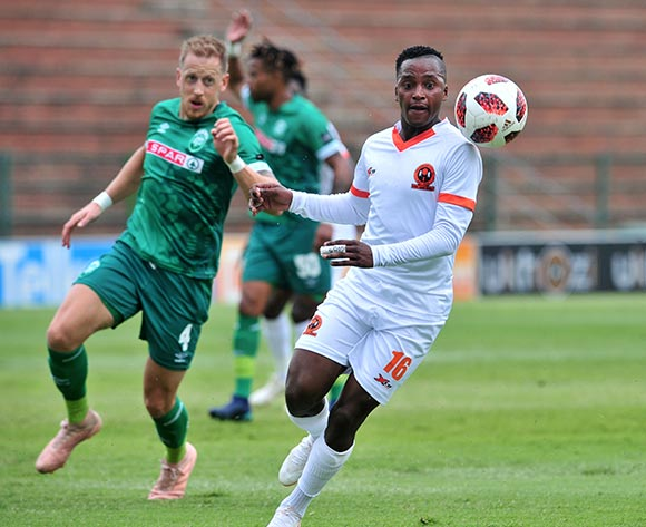 Vusimuzi Mngomezulu of Polokwane City challenged by Michael Morton of AmaZulu during the Absa Premiership 2018/19 match between AmaZulu and Polokwane City at King Zwelithini Stadium, Durban on 11 November 2018 ©Samuel Shivambu/BackpagePix