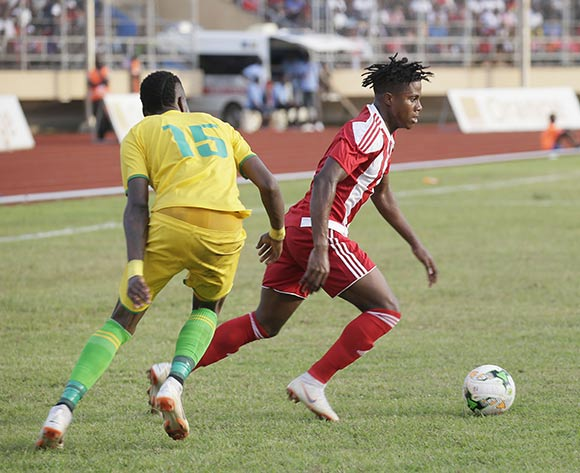 Linerian player, Silvanus C Nimely(RL in action against  Telnahe Hadebe (L) during AFCON 2019 qualifier match between Liberia and Zimbabwe at the Samuel Kanyon Doe Sport Complex in Paynesville, outside Monrovia, Liberia. 18th November 2018. Liberia 1 Zimbabwe 0