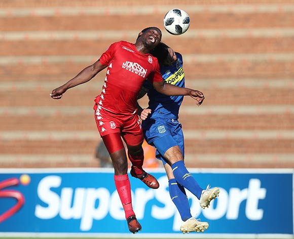 Moeketsi Sekola of Highlands Park wins header against Roland Putsche of CT City during the Absa Premiership 2018/19 football match between Highlands Park and Cape Town City at Makhulong Stadium, Tembisa on 01 December 2018 ©Gavin Barker/BackpagePix