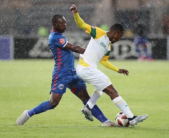Richard Boateng of Supersport tackles Lebohang Maboe of Sundowns during the Absa Premiership 2018/19 football match between Supersport United and Sundowns at Lucas Moripe Stadium, Pretoria on 02 December 2018 ©Gavin Barker/BackpagePix