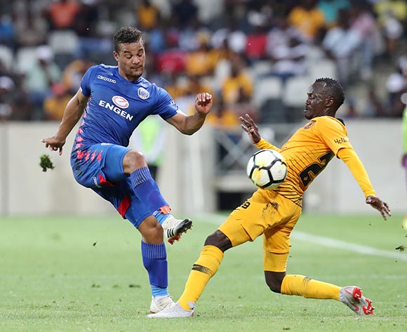 Fagrie Lakay of Supersport United challenged by Godfrey Walusimbiof Kaizer Chiefs during the Absa Premiership 2018/19 match between Kaizer Chiefs and Supersport United at the Mbombela Stadium, Nelspruit on 12 December 2018 ©Muzi Ntombela/BackpagePix