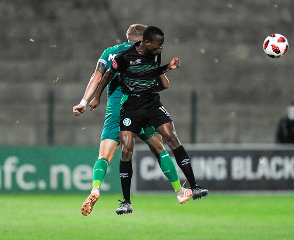 Kabelo Dlamini of Bloemfontein Celtic wins the aerial battle against Michael Morton of AmaZulu FC during the Absa Premiership 2018/19 game between AmaZulu and Bloemfontein Celtic at King Zwelithini Stadium, KwaZulu-Natal on 12 December 2018 © Gerhard Duraan/BackpagePix