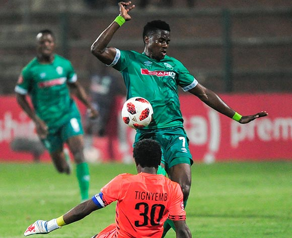 Another close opportunity as PatricK Tignyemb of Bloemfontein Celtic just manages to get to the ball first from the attacking Bonginkosi Ntuli of AmaZulu FC during the Absa Premiership 2018/19 game between AmaZulu and Bloemfontein Celtic at King Zwelithini Stadium, KwaZulu-Natal on 12 December 2018 © Gerhard Duraan/BackpagePix