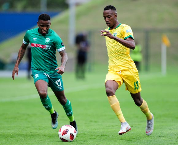 Mbongeni Gumede, Captain of AmaZulu FC chases hard to get to Divine Lunga of Lamontville Golden Arrows during the Absa Premiership 2018/19 game between AmaZulu FC and Golden Arrows at King Zwelithini Stadium, Durban on 22 December 2018 ©Gerhard Duraan/BackpagePix