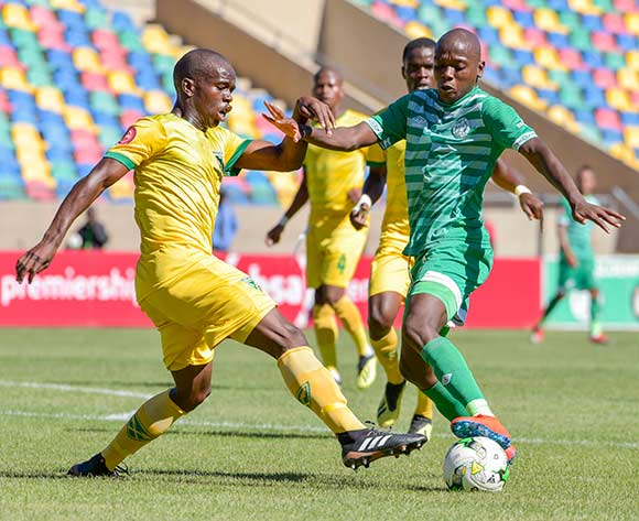 Kabelo Dlamini of Bloemfontein Celtic and Nkosinathi Sibisi of Golden Arrows during the Absa Premiership 2018/19 game between Bloemfontein Celtic and Golden Arrows at Dr Molemela  Stadium in BLoemfontein on 13 January 2019 © Frikkie Kapp/BackpagePix