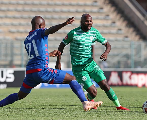 Jacky Motshegwa of Bloemfontein Celtic challenged by Phumlani Ntshangase of Supersport United during the Absa Premiership 2018/19 match between Supersport United and Bloemfontein Celtic at the Lucas Moripe Stadium, Atteridgeville on the 20 January 2019 ©Muzi Ntombela/BackpagePix
