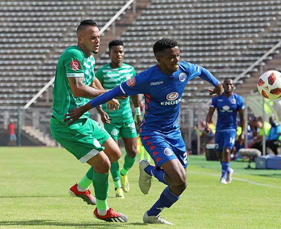 Teboho Mokoena of Supersport United challenged by Ryan De Jongh of Bloemfontein Celtic during the Absa Premiership 2018/19 match between Supersport United and Bloemfontein Celtic at the Lucas Moripe Stadium, Atteridgeville on the 20 January 2019 ©Muzi Ntombela/BackpagePix