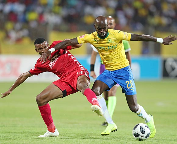 Anthony Laffor of Mamelodi Sundowns challenged by Mothobi Mvala of Highlands Park during the Absa Premiership 2018/19 match between Highlands Park and Mamelodi Sundowns at the Makhulong Stadium, Tembisa on the 22 January 2019 ©Muzi Ntombela/BackpagePix