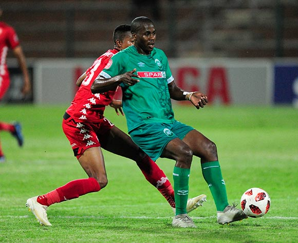 Bonginkosi Ntuli of AmaZulu FC keeps the ball away from Spiwe Msimango of Highlands Park during the Absa Premiership 2018/19 game between AmaZulu FC and Highlands Park at King Zwelithini Stadium, Durban on 12 January 2019 ©Gerhard Duraan/BackpagePix