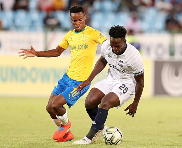 Siphelele Mthembu of Cape Town City challenged by Themba Zwane of Mamelodi Sundowns during the Absa Premiership 2018/19 match between Mamelodi Sundowns and Cape Town City at the Loftus Versveld Stadium, Pretoria on the 27 February 2019 ©Muzi Ntombela/BackpagePix