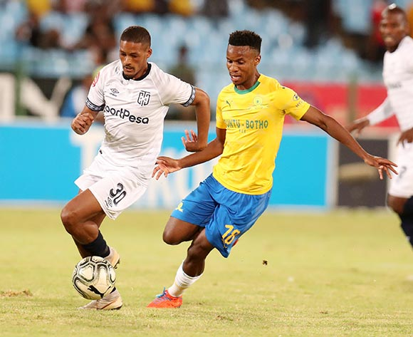 Craig Martin of Cape Town City challenged by Themba Zwane of Mamelodi Sundowns during the Absa Premiership 2018/19 match between Mamelodi Sundowns and Cape Town City at the Loftus Versveld Stadium, Pretoria on the 27 February 2019 ©Muzi Ntombela/BackpagePix