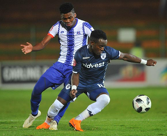 Gabadinho Mhango of Bidvest Wits is challenged by Mpho Matsi of Maritzburg United during the Absa Premiership match between Bidvest Wits and Maritzburg United 01 February 2019 at Bidvest Stadium  Pic Sydney Mahlangu/ BackpagePix