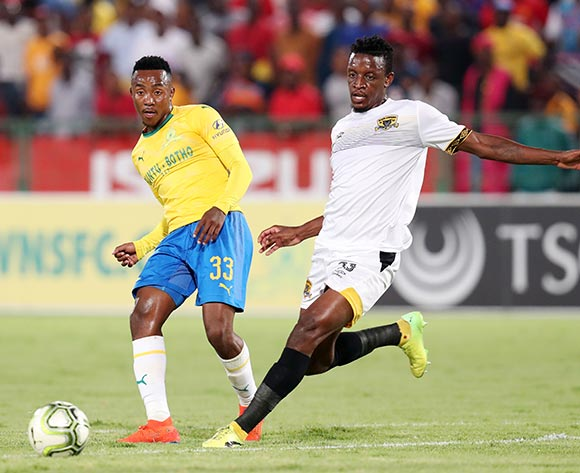 Lebohang Maboe of Mamelodi Sundowns challenged by Chris Katjiukia of Black Leopards during the Absa Premiership 2018/19 match between Mamelodi Sundowns and Black Leopards at the Loftus Versveld Stadium, Pretoria on the 06 February 2019 ©Muzi Ntombela/BackpagePix