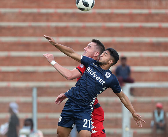 Ryan Rae of Highlands Park wins header against Haashim Domingo of Bidvest Wits  during the Absa Premiership 2018/19 football match between Highlands Park and Bidvest Wits at Makhulong Stadium, Tembisa on 09 February 2019 ©Gavin Barker/BackpagePix
