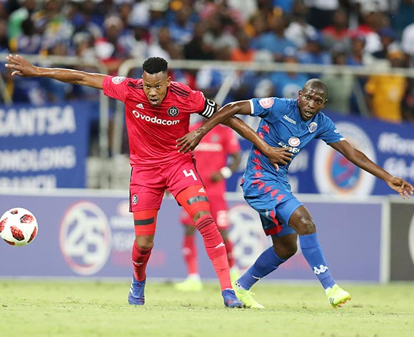 Happy Jele of Orlando Pirates challenged by Aubrey Modiba of Supersport United during the Absa Premiership 2018/19 match between Supersport United and Orlando Pirates at the Mbombela Stadium, Nelspruit on the 20 February 2019 ©Muzi Ntombela/BackpagePix